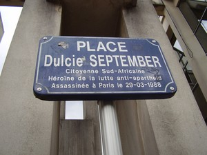 Photo of memorial plaque in Paris for Dulcie September