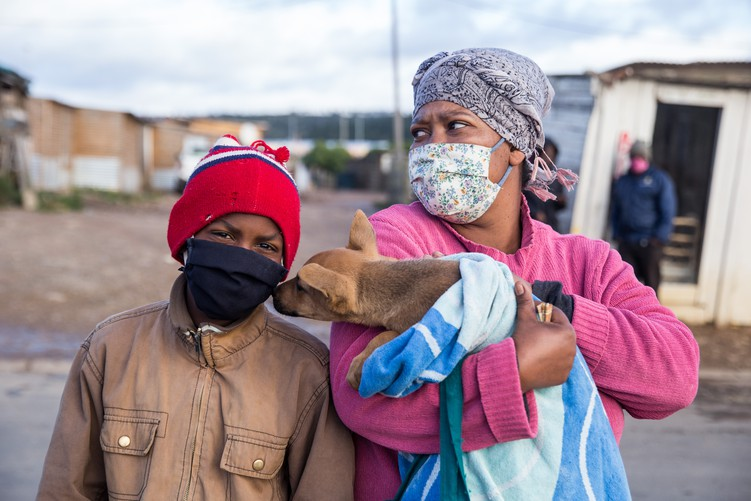 Volunteers under the name Muddy Pooches feed and assist 250 pets from informal settlements every Saturday in Plettenberg Bay in the Western Cape. - Ashraf Hendricks